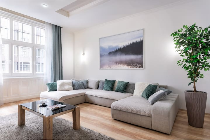 Stilo Deluxe Apartment Budapest in the Downtown