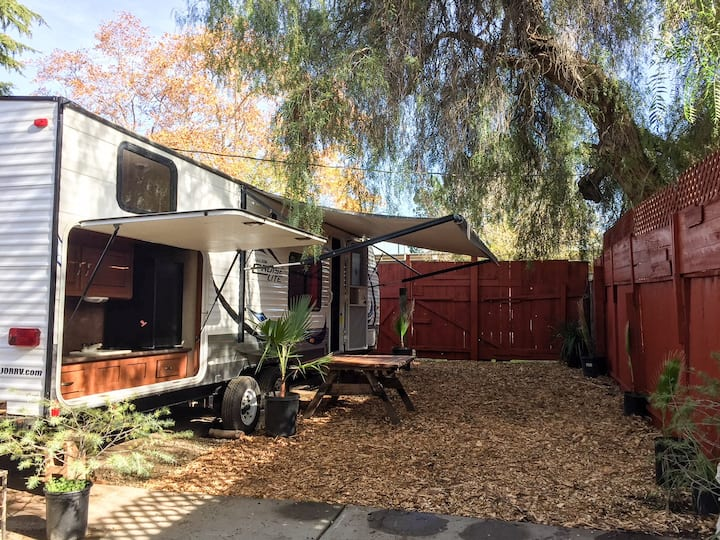 Private 2 bedroom 1 bathroom RV in Campbell,CA
