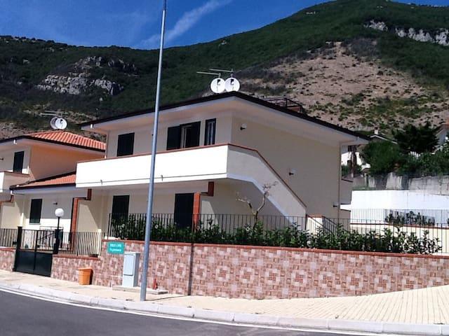 Villetta con vista fantastica - Capaccio - Ev