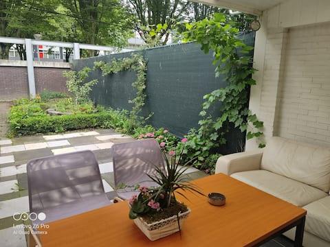 Weert有花園的舒適房源。