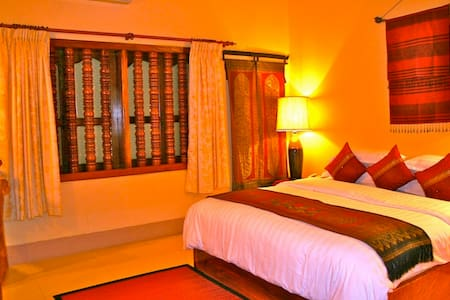Lovely Couple Room in Angkor