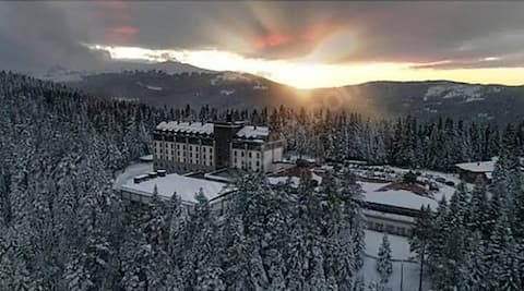 Mountain Resort Stay