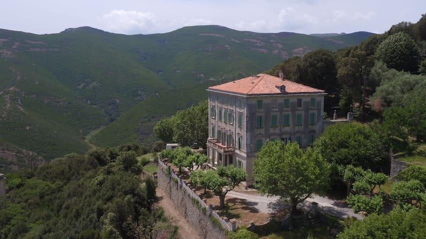 Palazzu Nicrosi -Maison d'américains face à la mer - Rogliano - Domek gościnny