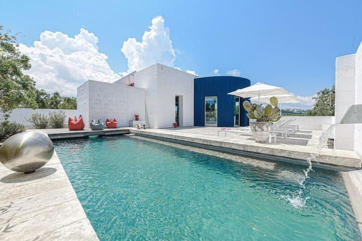Luxury Masseria Contemporanea with pool