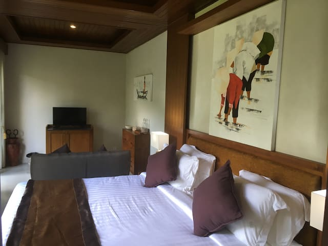 Double Bed with Sitting Area
