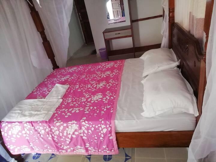 OLYMLIC HOTEL, sea fornt