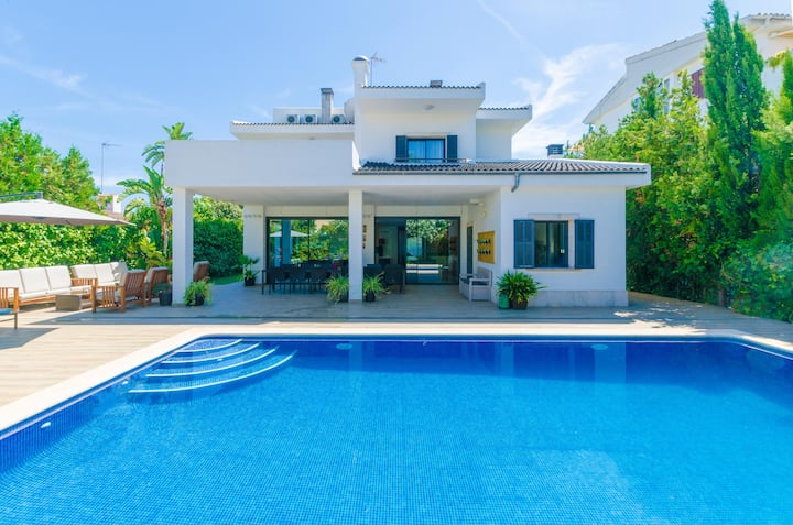 VILLA DIAGONAL - Villa with private pool in Can Picafort. Free WiFi