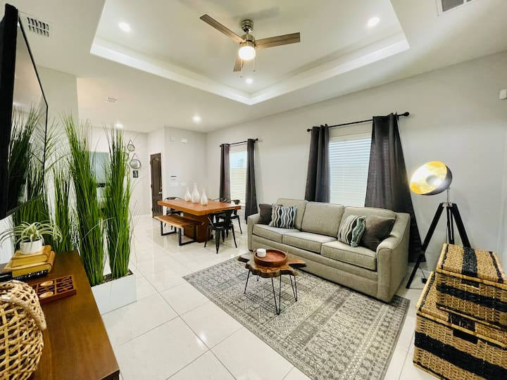 🌟NEW🌟CLOSE TO MALL🌟NEAR HOSPITALS🌟BEST LOCATION🌟