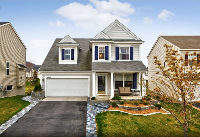 Ryder Cup home - tons of entertainment amenities - Chaska - บ้าน