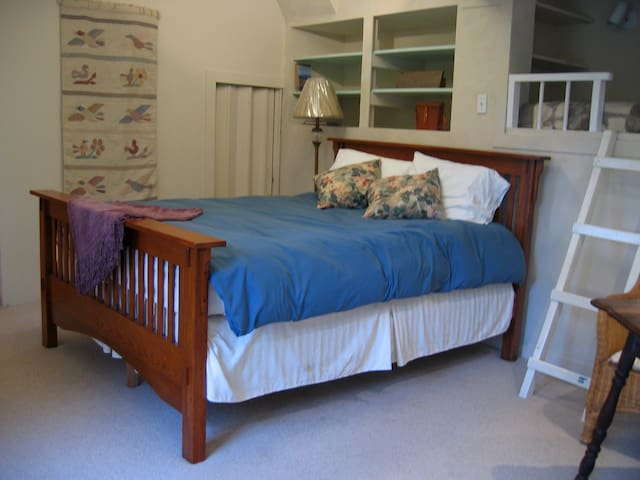 Forrest Haven Room Rental-long or short term stays