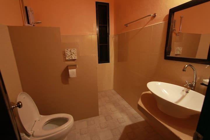 feather bathroom