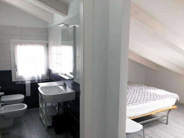 Kleine doppelzimmer mit eigenem Bedezimmer n.02