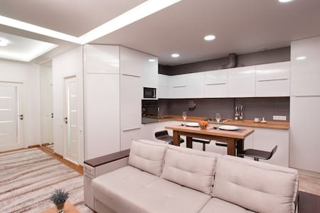 Ultra central & modern apartment!