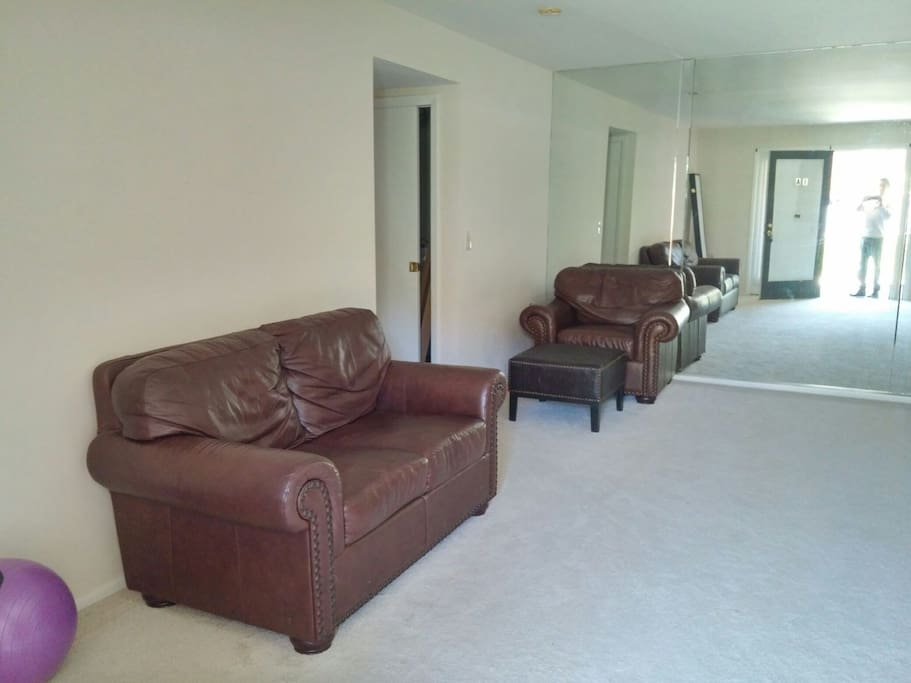 Full Condo Plenty Of Room 2 Beds 2 Baths Apartments For Rent In Catonsville Maryland