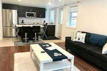 Cozy private suite near Pearson Intl Airport YYZ