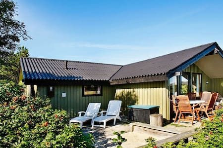 Serene Holiday Home in Lemvig near Sea