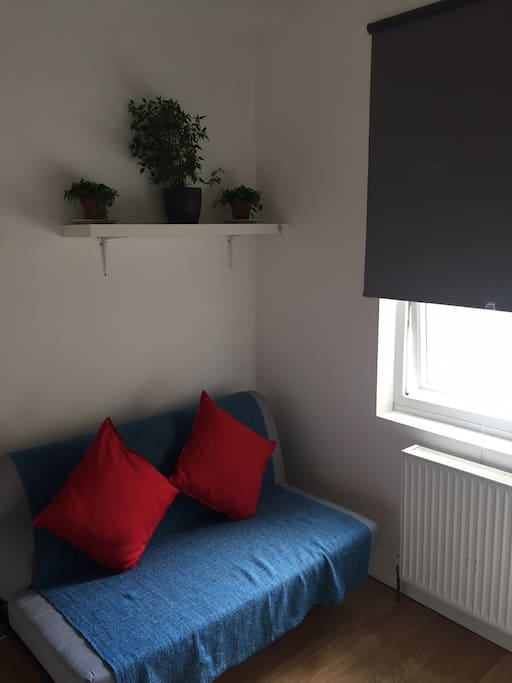 Fulham centre self contained studio apartments for rent for Discount bathrooms fulham