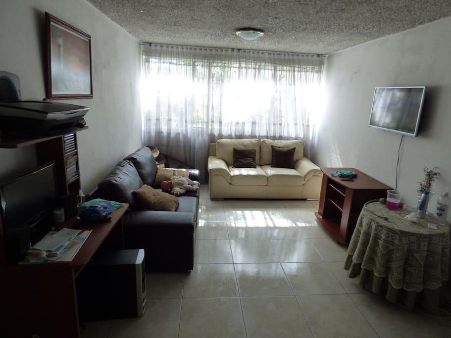 Sala junto al comedor