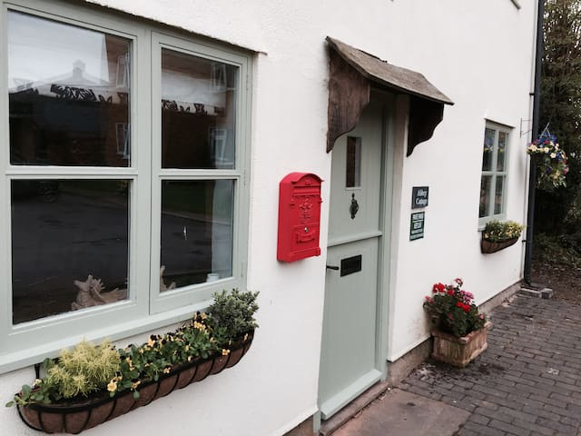 Abbey Cottage Tewkesbury Town - Luxury/Parking - Tewkesbury