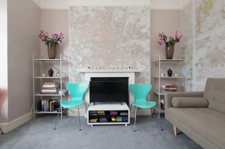 3 Bedrooms-Fabulous & Funky Flat in East London