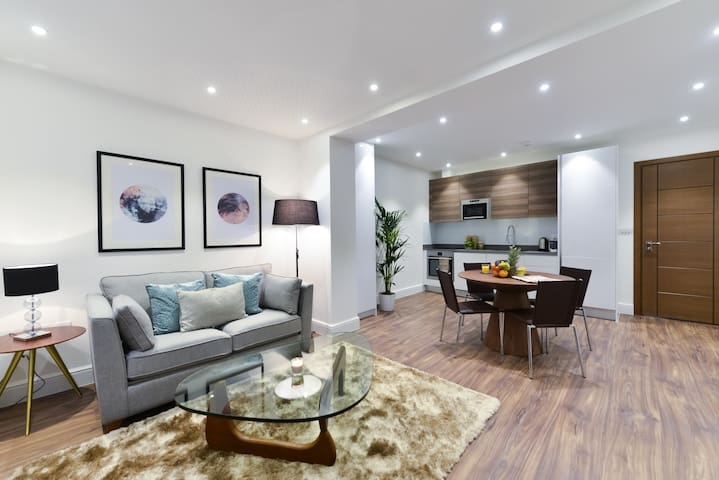 Sophisticated 1 Bedroom Apartment Near Camden Town
