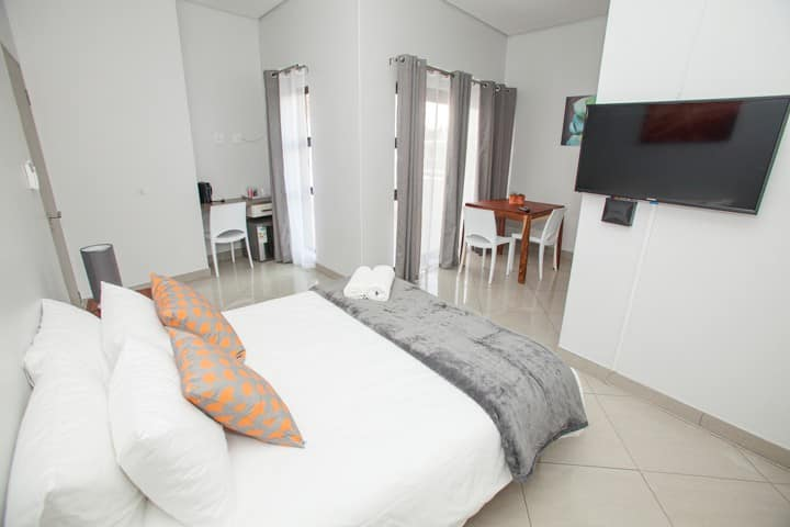 Helio Place Guesthouse 5 Room 2