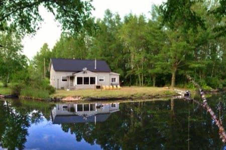 Curtsey Cottage