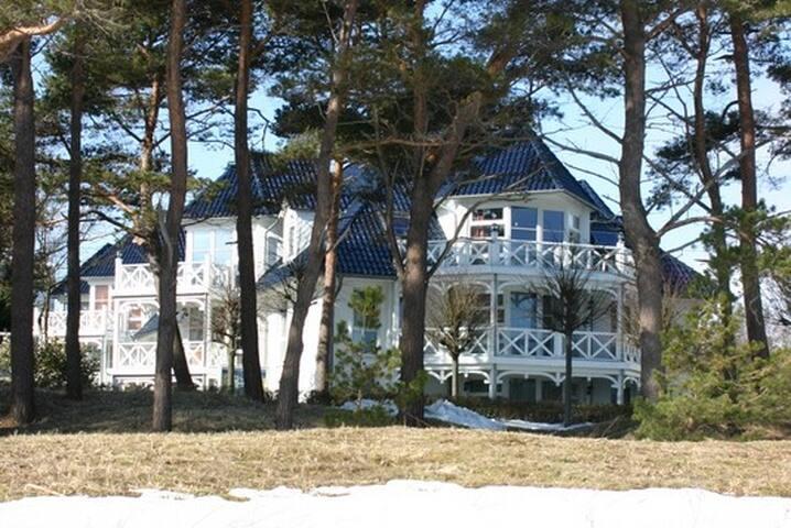 Haus Strelasund: Whg. Sterntaucher - Binz - Huis