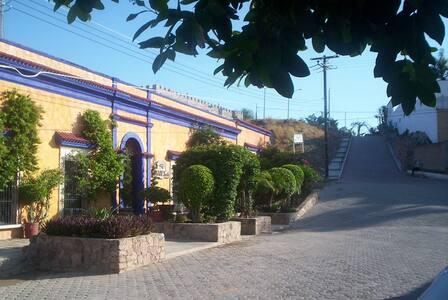 HOTEL EL FUERTE - El Fuerte - Bed & Breakfast