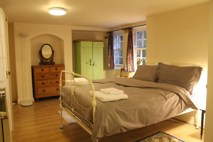 Spacious 1 bed apartment in desirable Summertown - Oxford