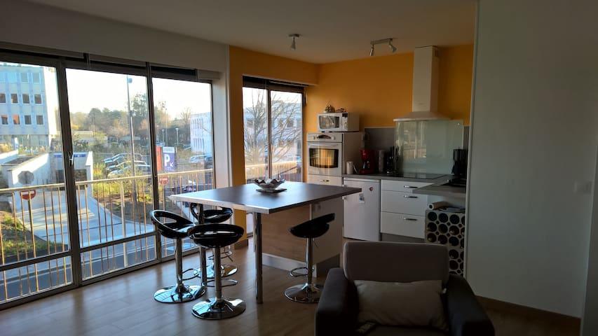 Idéalement situé, Appartement refait a neuf - Dieppe - Apartemen