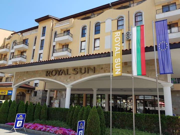 Apartment @ Royal Sun, Sunny Beach (sleeps 4)