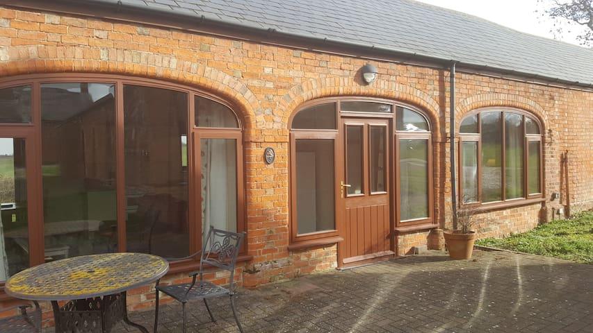 No.5 Coldham Cottages