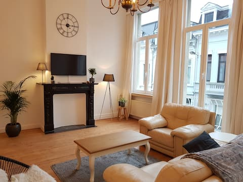 Lovely & bright 2P apartment, Top location 't Zuid
