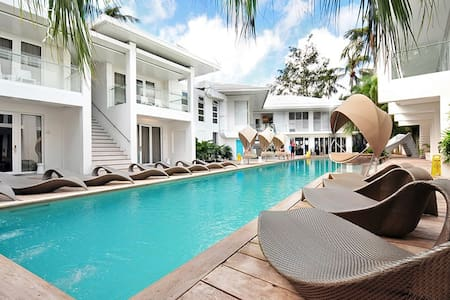 Boracay Luxury Resort Station 1 Beachfront for 4 - 马来 - 其它