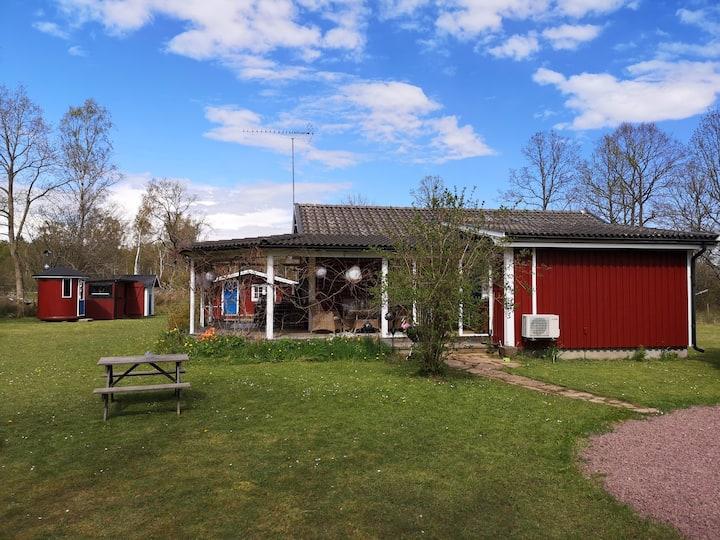 Fridfullt läge mitt på Öland,  med mycket utrymme