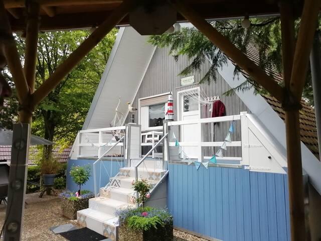 Idyllisches Ferienhaus mit Garten direkt am Wald