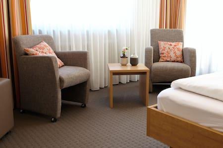 Hotel Kimmig, (Bad Peterstal-Griesbach), Dreibettzimmer Komfort
