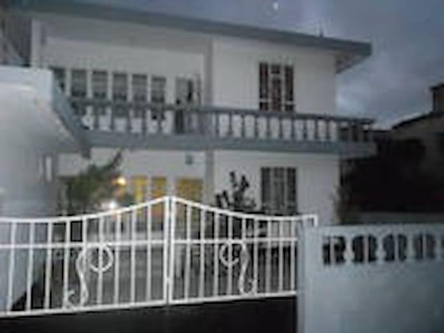 maison conviviale - Curepipe