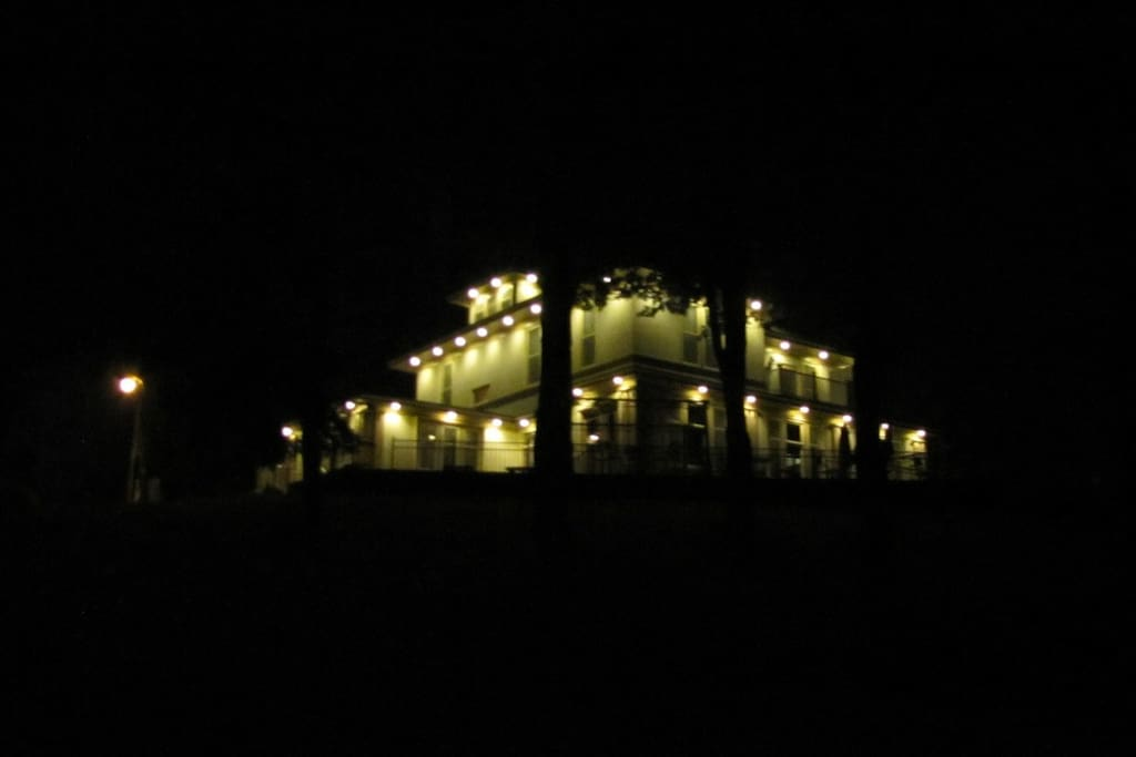 Night View of  Maxsells