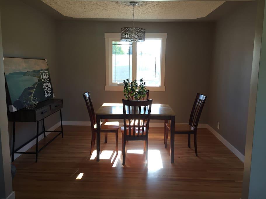 Meadowlark Room For Rent Edmonton