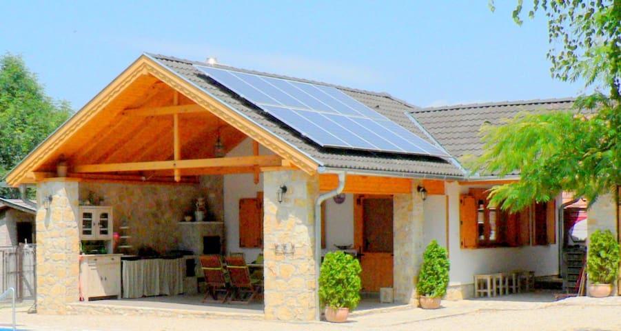 Rural house near Győr