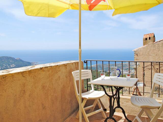 Holiday Apartment Marcelli for 4 persons in Sant Antonino