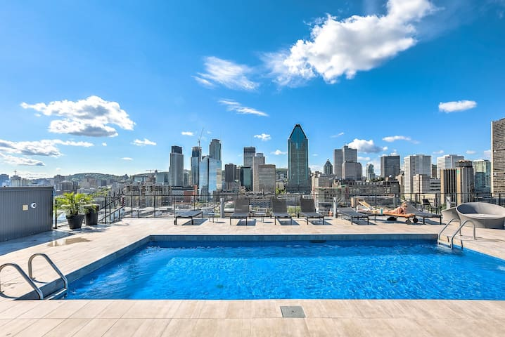 Welcoming Condo In the Heart of Griffintown!!!