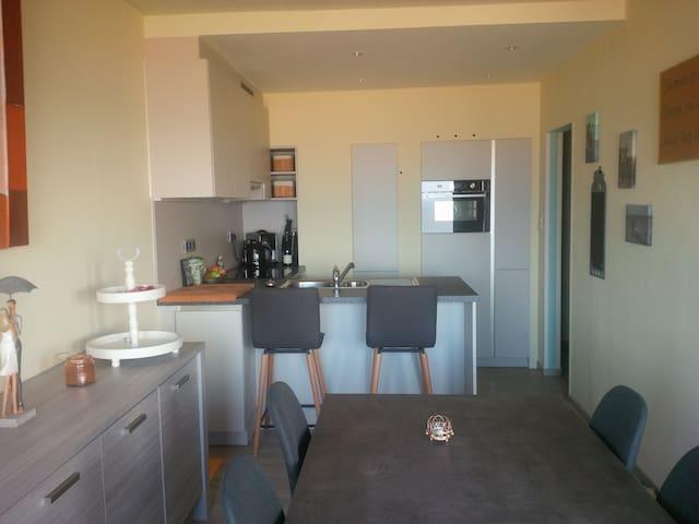Marvelous Sea Side appartement te Oostende - Oostende - Lägenhet