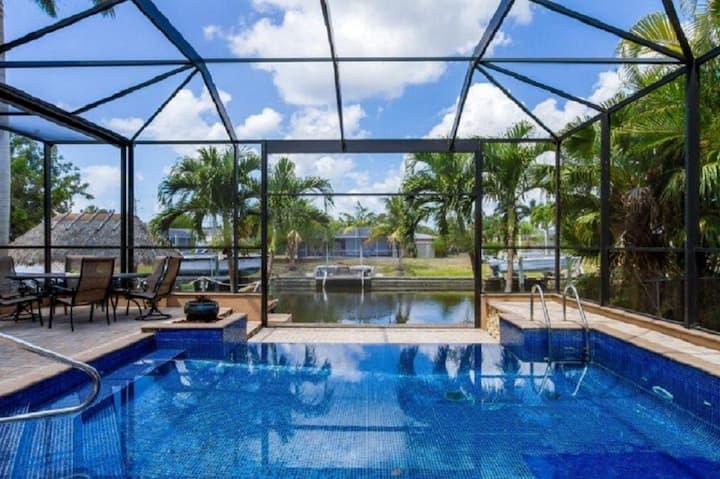 Beautiful,  3400 sqft, 4 Bed/Bath in SW Cape Coral