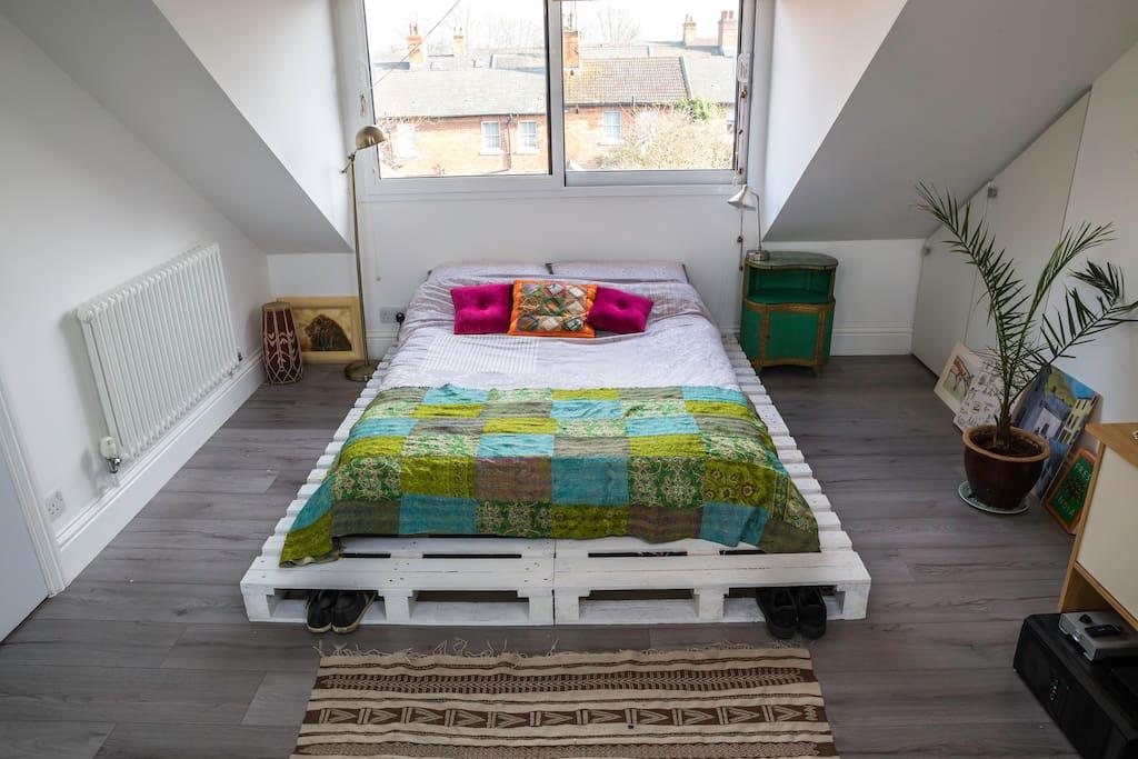 Minimal, stylish room with memory foam matress.