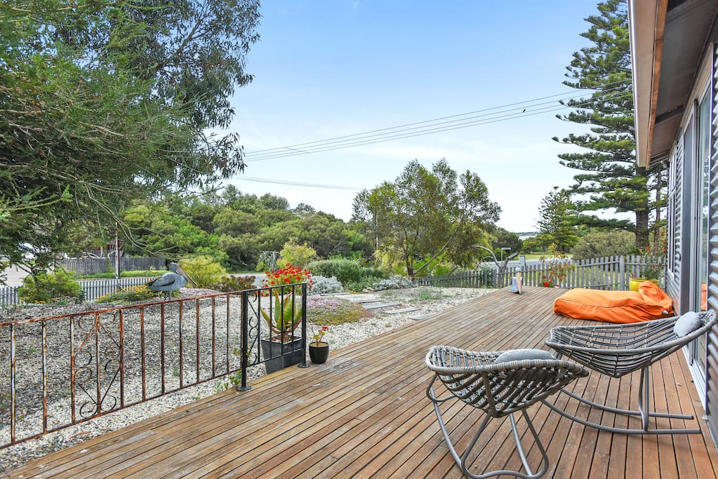 Tranquil lifestyle at Riverfront Cottage