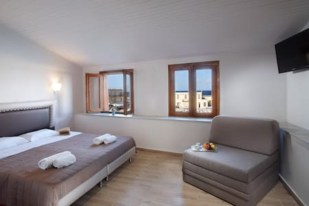 Superior Room with Harbour View - Rethymno