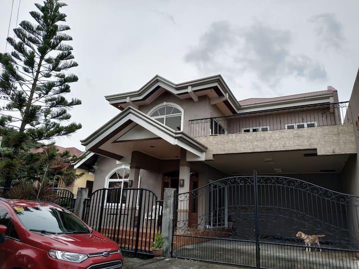 2 storey house in Cavite City